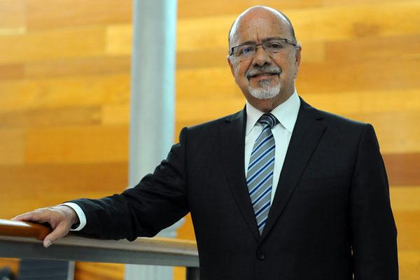 """Ángel Ferrera: """"Hemos sufrido dejación por parte de la Administración"""""""