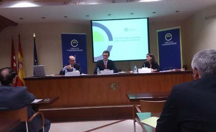 El Círculo de Empresarios pide reducir las Administraciones en 90.000 millones