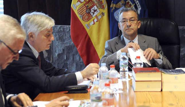 El destino del alza fiscal: alimentar el descontrol de las administraciones en Canarias